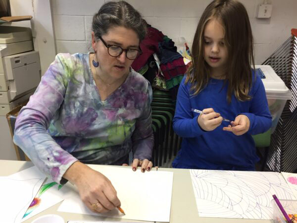 Sarah Dressler teaching Afternoon Art Class